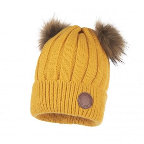 Lenne: Silta ziemas cepure ar dabīgo ādas bumbuliem